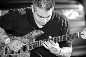 guitar teachers in Miami, FL